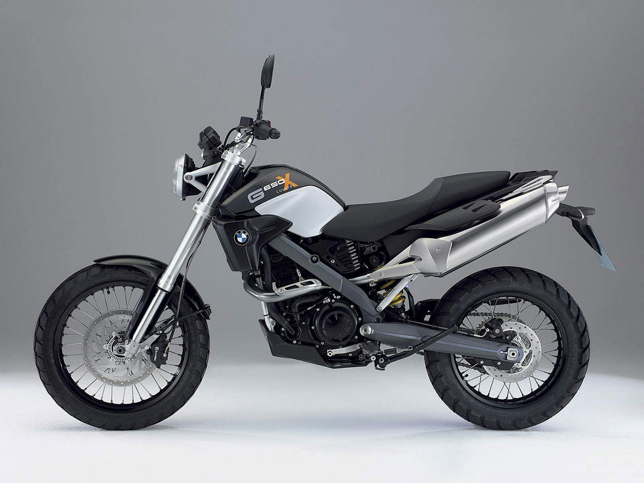 BMW Motorcycle G 650X Country 07