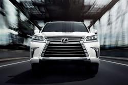 Lexus LX 570 Eminent White