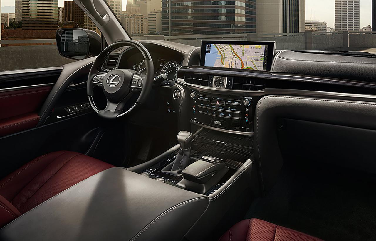 Lexus LX 570 Cabin