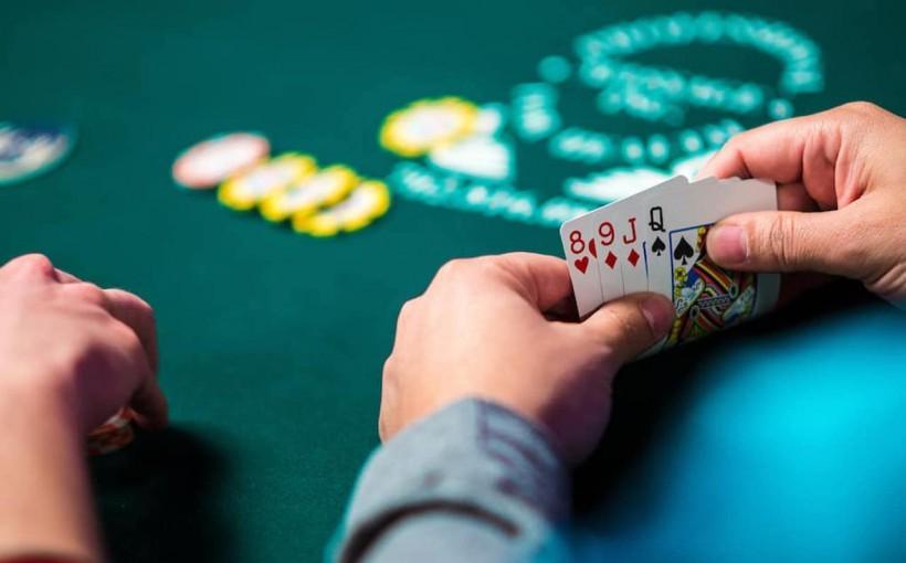 Game Night Essentials Poker